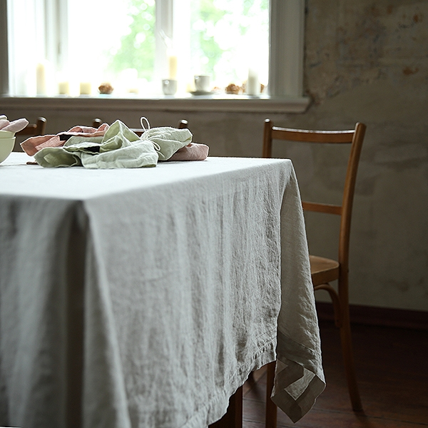 Table cloth stone washed silver