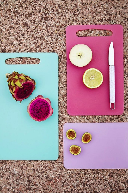 3 Plastic Chopping Boards in Assorted Mint, Fuchsia and Pink