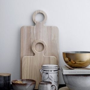 chopping board with handle