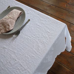 Table cloth stone washed white