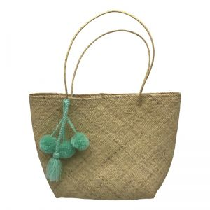 Shopping bag with pompom tassel