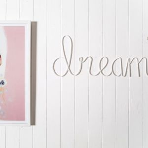 'dream' metal sign